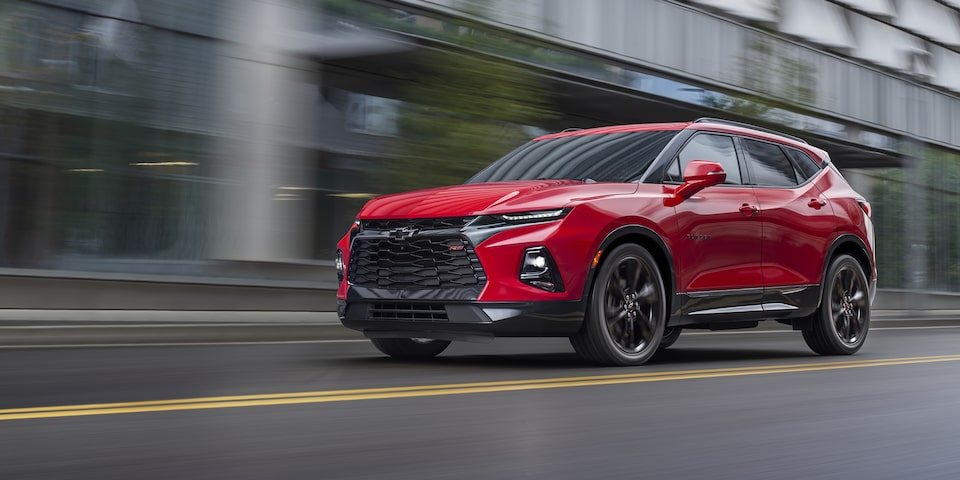 Chevrolet Blazer 2020, SUV mediana versión RS incluye faros con intelli-Beam y parrilla con diseño exclusivo